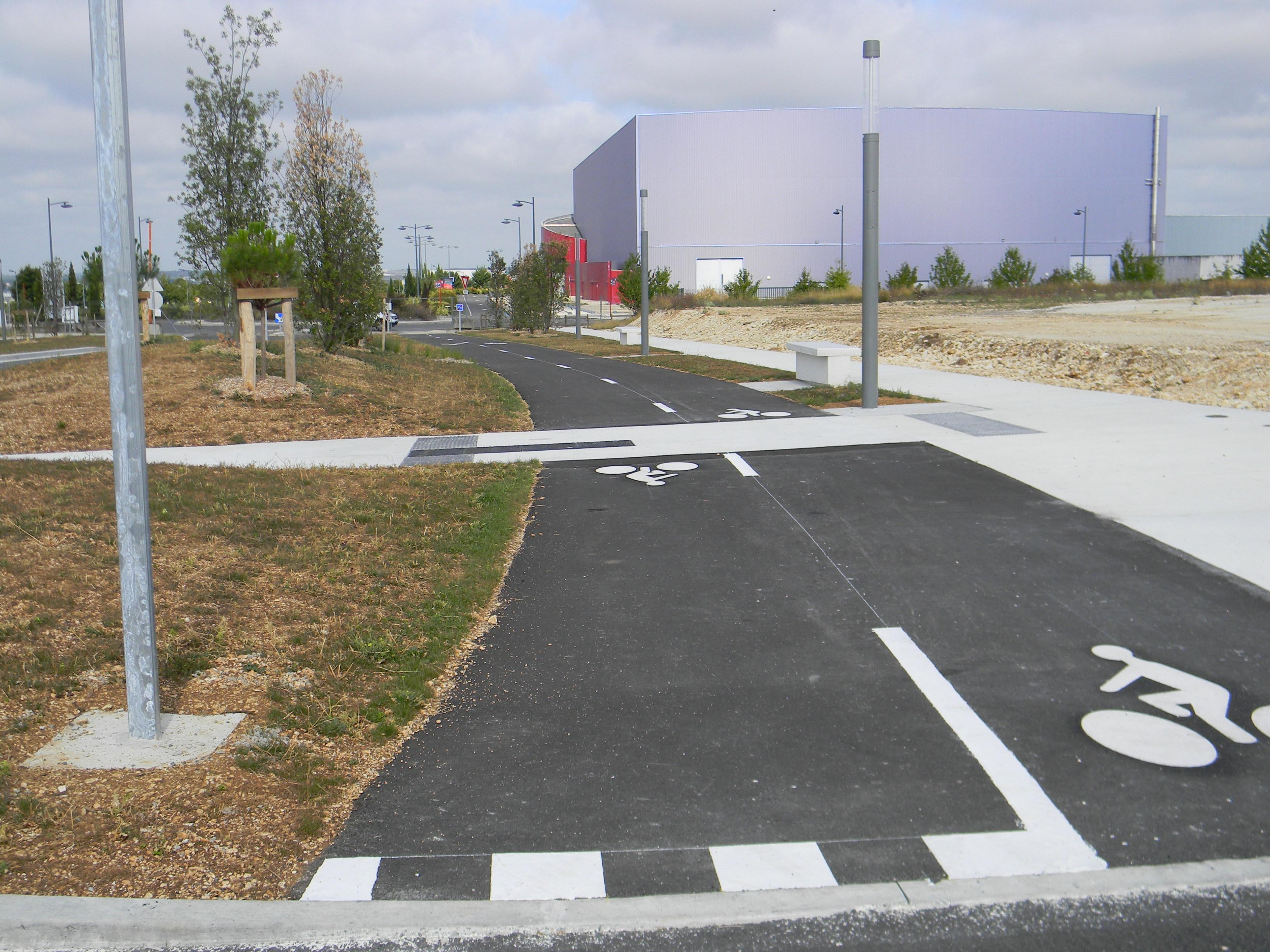 Lagage arrosage automatique square nettoyage for Chantier espace vert